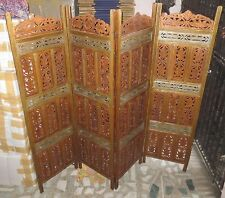 Vintage Look Wooden Room Partition Emboss Painting Size 182X200X10 Cms