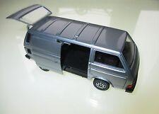 Volkswagen VW T3 t 3 Transporter in grau grise grey metallic, Schabak in 1:43!
