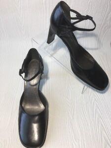 Enzo Angiolini Whitney Women Mary Jane  Heels Pumps Size 9 Black Leather