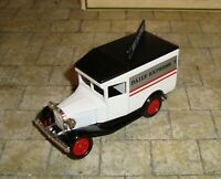 LLEDO -  DAYS GONE - 1934 MODEL A FORD VAN - DAILY EXPRESS - WAR DECLARED