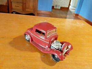 Die Cast RACING CHAMPIONS '32 FORD
