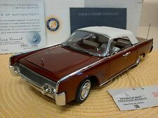 FRANKLIN MINT 1961 LINCOLN CONTINENTAL..1:24..RARE LE..NIB..UNDISPLAYED..NEW