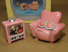 I LOVE LUCY TV S&P Salt & Pepper Pink Couch & Television Lucy & Ethel Vandor NOS