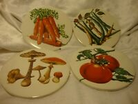 True Vintage Set (4) Hot Plate/Wall Plate Ceramic Kitchen Decor Fruit Design 401