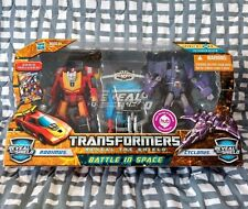 TransFormers Reveal The Shield Battle In Space Rodimus vs Cyclonus Matrix Lot G1