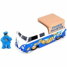 Jada Toys Sesame Street '63 VW Bus with Cookie Monster 1/24 Scale Hollywood Ride