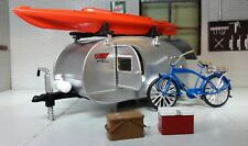 LGB 1:24 Scale Teardrop US American Caravan & Accessories Diecast Detailed Model