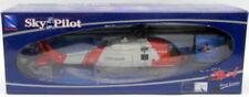 Aéronefs miniatures blancs en plastique sous boîte fermée