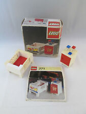 Lego Homemaker - 271 Baby's Cot and Cabinet