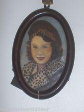 miniature peinte portrait de femme signé Alice Williams