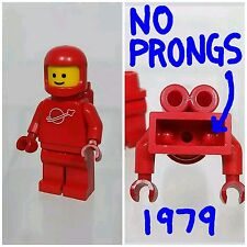LEGO Minifigure Classic Space Red Space Man Rare NO PRONGS Torso Vintage 1979