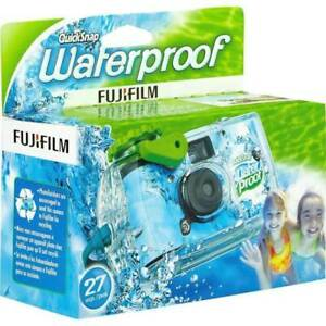 FujiFilm Disposable Quick Snap Waterproof Camera 27 Exposures Expired 01/21