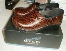 DANSKO Women's Porfessional Tooled Brown CLOGS Shoes 906-530202 Sz-39 NEW in Box