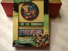 Nickelodeon Teenage Mutant Ninja Turtles Gift Set 2 Same 1 key chain 2 Bracelets