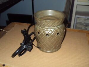 Authentic Scentsy Warmer * MISSION SLATE * Mid-Size * Retired *