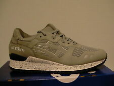 Mens Asics running shoes gel-lyte iii size 10.5 us light grey new with box