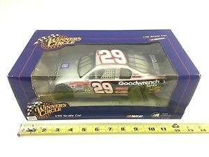 Kevin Harvick #29 WINNERS CIRCLE 1/18 NASCAR 2002 GOODWRENCH Race Car
