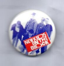 NEW KIDS ON THE BLOCK BUTTON BADGE 80s 90s BOY BAND Step By Step 25mm  NKOTB