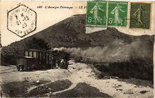 CPA  L' Auvergne Pittoresque - Le Port   (245109)