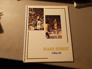 1984-85 WAKE FOREST Men's Basketball Media Guide(MUGGSY BOGUES/COACH CARL TACY