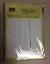 Stampin' Up NEEDLEPOINNT Textured Impressions Embossing Folder