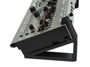 Roland Boutique  SE-02, TR-09, TB-03, VP-03, JP-08, JX-03 stand