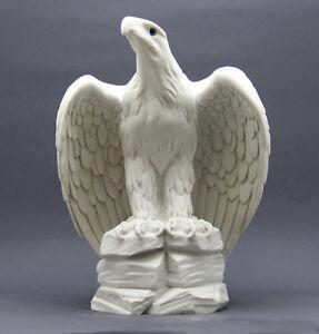 America's Eagle Bird of prey Wild Animal Greek Statue Sculpture 10.6 in