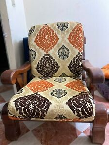 OLD CLASSIC CHAIR