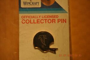 ATLANTA FALCONS  -- HELMET COLLECTOR PIN - VINTAGE 1984 OLD STYLE FACE MASK