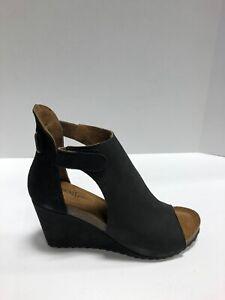 Diba True Womens Wedge Heel Peep Toe Sandal Black 75212 8.5 M