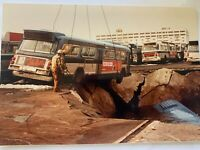 6x4 NY NYC TRANSIT BUS #8804 IN WATER PHOTOGRAPH EDGEWATER PIER COLLAPSE 1983