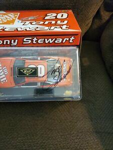 2000 Tony Stewart #20 Home Depot Pontiac Revell 1:24 Autographed
