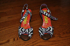 NEW!! Womens KENSIE GIRL Leather Animal Print Wedge Heel SHOES Size 8 M