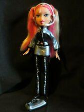 Bratz Live In Concert Cloe Doll With Original Accessories VHTF