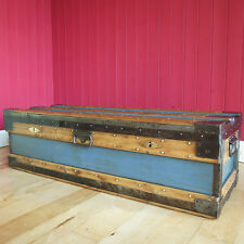VINTAGE INDUSTRIAL CHEST Coffee Table STORAGE TRUNK Military WWII Footlocker BOX