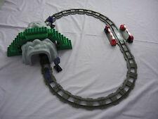 Duplo Eisenbahn Tunnel 1x Codestein Lila für Intelli Lok 2x Tunnelschilder 3334