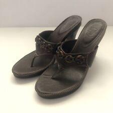 Frye Brown Leather Tortoise Ring Detail Thong Block 3.5� Heel Slip On Sandal 7B