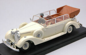 Model Car Scale 1:43 rio Mercedes 770K Figure Eva Braun diecast vehicles