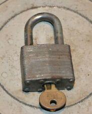 Vintage No 1 MASTER LOCK w/ LION Key 2857