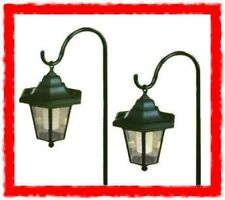 SOLAR SHEPHERDS CROOK GARDEN COACH LIGHT LANTERN SET