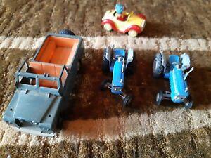 2 Corgi Ford Tractors A Britains Land Rover