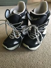 Burton Womens US Size 5 UK 3 EU 35 Tribute Snowboarding Boots Snowboard BLACK