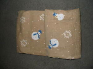 ***STANDARD SIZE PILLOW CASES***FLANNEL***SET OF TWO**SNOWMEN