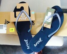 NEW WMNS Size 11 M REEF Silver Sparkle DARK GREY  FLIP FLOPS Sandals Thong $49