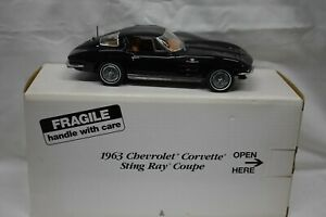 Danbury Mint 1:24 1963 Chevrolet Corvette Sting Ray Coupe Black