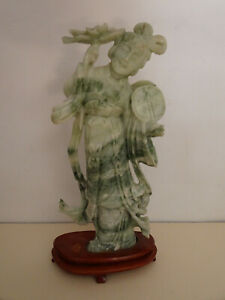 Grande Statuette,GUANYIN en pierre dure,serpentine.Chine.XX°.