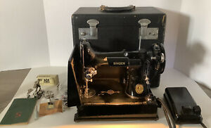 Vintage Singer Featherweight Sewing Machine 221-1 1950 WORKS!