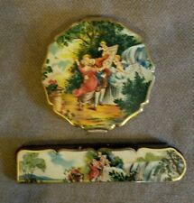 Vtg England Stratton gold tone Compact & Comb set~Courting Couple