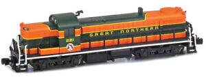 AZL Z Scale Locomotive Great Northern RS-3 Road 221 Ships Immediately!