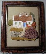 """LILLIPUT LANE """"PEARSE'S COTTAGE  """"  WALL PLAQUE"""" 00474 MINT IN BOX"""
